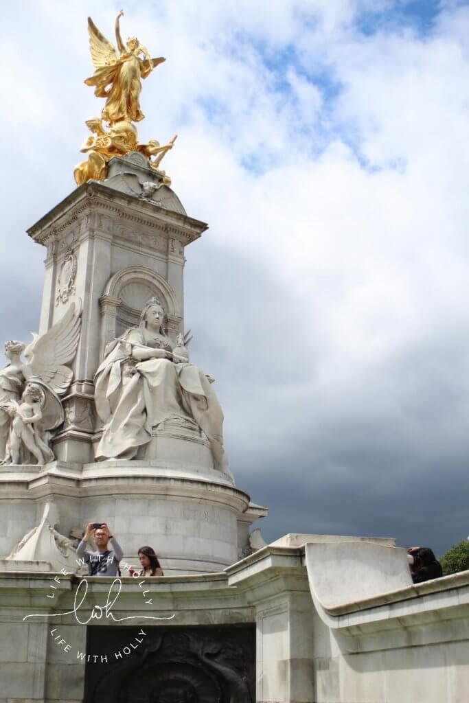 Victoria Statue - London on a Budget by Life with Holly - Travel Tips