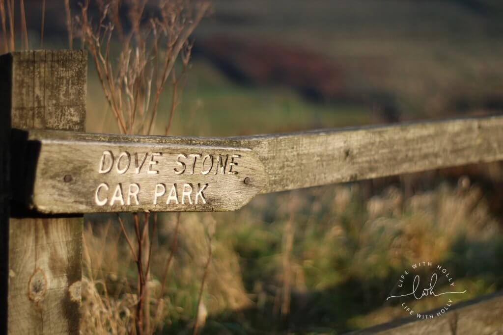 Weekend Wander - Dovestone Reservoir - Wooden Signpost - Life with Holly